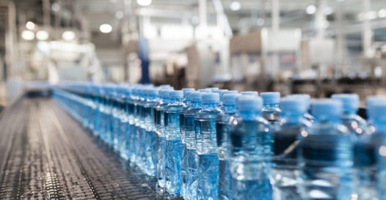Acqua in bottiglia: Trovate particelle di plastica nel 93% dei marchi più famosi